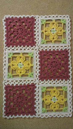 200가지 꽃 모티브 이불만들기 참고 : 네이버 블로그 Filet Crochet, Crochet Afghans, Crochet Cable, Crochet Motifs, Thread Crochet, Love Crochet, Crochet Gifts, Crochet Doilies, Crochet Stitches