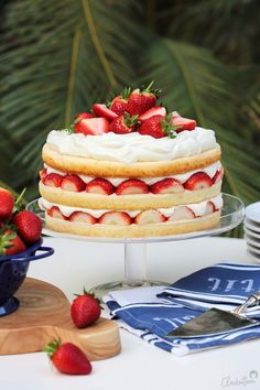 Strawberry Cream Cakes, Strawberry Juice, Strawberry Filling, Strawberries And Cream, Stabilized Whipped Cream, Pastry Brushes, Cream Recipes, Serving Platters, Vanilla Cake