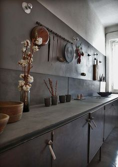 vintage industrial kitchen by Pietro Russo Kitchen Interior, Kitchen Inspirations, Beautiful Kitchens, Interior, Kitchen Remodel, Kitchen Decor, Kitchen Dining Room, Home Kitchens, Dark Kitchen