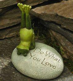 Yoga Frog Garden Rock Love | eBay
