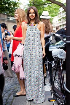 Try wearing a fun-printed dress to the next wedding you go to. // #OutfitInspiration #Style