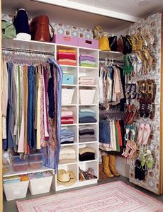 Master closet How to: Make the Most Out of Your Small Closet - Worthing Court- need to do this in our house ~lfm Dorm Room Organization, Organization Hacks, Organizing, Master Closet, Closet Bedroom, Organizar Closet, Closet Storage, Wardrobe Storage, Bathroom Storage