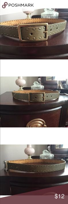 "Banana Republic Belt Small Banana Republic Belt Greenish brown leather Distressed with rivet/studded detailing Size small 38"" total length, holes 30""-34"" (five holes) 1"" wide Excellent condition Banana Republic Accessories Belts"