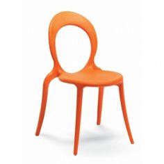 Cadeira Holly http://www.moobil.com.br/cadeiras-estofados/cadeiras/holly.html