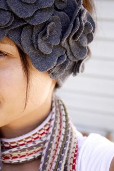 Adorable DIY Ear Warmers - Click image to find more DIY & Crafts Pinterest pins