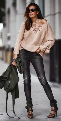 Must-have Knit: The Lace-up