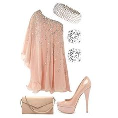 Pretty In Pink-it's hard to tell whether/not this would be too much baggy material? Beautiful though;)