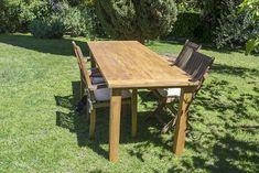 Oro y Menta: Como hacer una mesa de comedor de exterior DIY Diy Dining Table, Picnic Table, Outdoor Furniture, Outdoor Decor, Wood, Grande, Home Decor, Diy Home, Garden