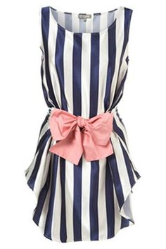 This looks like a perfect way to restyle a slightly boring dress. Also, it looks perfect for all of those shapeless dress patterns or thrift store finds.