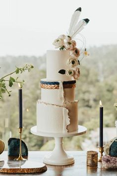 Modern Wedding Cakes Our Favorite Wedding Cakes from 2017 - boho celestial feather wedding cake Creative Wedding Cakes, Beautiful Wedding Cakes, Wedding Cake Designs, Wedding Cake Toppers, Big Sur Wedding, Boho Wedding, Dream Wedding, Geode Cake, Wedding Cake Inspiration