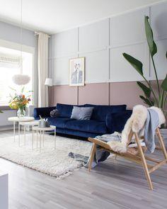 15 tinten roze voor op je muur - Makeover.nl Monochrome Interior, Interior Design, Design Hall, Blue Velvet Sofa, Vanity Decor, Bohemian Living, My Room, Interior Inspiration, Living Room Decor