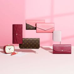 The new colors in the Season´s Louis Vuitton Small Leather goods collection 2014