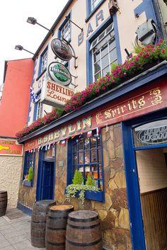 Sheylin's Bar, Carrickmacross, Ireland