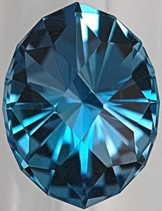 The absolute topaz stone meaning: gemstone jewelry designs « Elajoyas Minerals And Gemstones, Rocks And Minerals, Gem Diamonds, Mineral Stone, Diamond Art, Rocks And Gems, Stones And Crystals, Gem Stones, Gemstone Jewelry