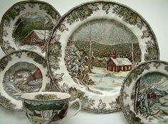 Estelle's: Johnson Brothers, Transferware and Toile. This is the exact china that my grandmother has! Lots of good memories around the dinner table and these plates. So many memories! Christmas China, Christmas Dishes, Christmas Kitchen, Country Christmas, All Things Christmas, Christmas Home, Vintage Christmas, Antique Dishes, Vintage Dishes