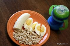 Toddler Food: Feeding a 17 Month Old Healthy Lunches For Kids, Healthy Toddler Meals, Toddler Snacks, Fun Snacks For Kids, Kids Meals, Healthy Snacks, Toddler Menu, B Food, Good Food