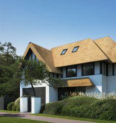 Project RDV - Chrisma Villa, Nate Berkus, Home Bedroom, Facade, Beach House, Minimalism, New Homes, Cabin, Lights
