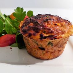 ENTREE Flan de thon à la tomate Caviar, Salmon Burgers, Entrees, Pizza, Gluten, Dishes, Cooking, Breakfast, Ethnic Recipes