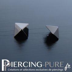 Accessoire microdermal de forme pyramidale en titane blackline. Piercing, Pure Products, Jewelry, Shape, Accessories, Jewerly, Jewlery, Piercings, Schmuck