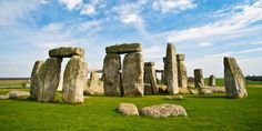 Set out from our London hotels on this VIP day trip with Evan Evans Tours