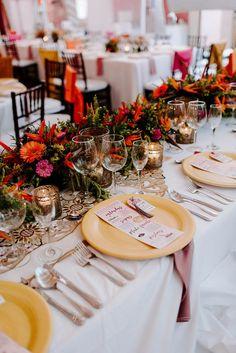 Wedding Reception Centerpieces, Wedding Table Settings, Filipino Wedding Traditions, Money Dance, Wedding Planning On A Budget, Wedding Blog, Boho Wedding, A Table, Amazing