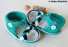 AprilBoten Babyschuhe Baby Sandalen strickliene von strickliene Babyschuhe und Turnschuhe auf DaWanda.com