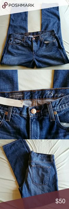 """J. Crew Broken- in BF/ Straight Leg size 28R NWT Measures approximately 39.5"""" long, 30"""" inseam, 9.5"""" front rise, 17"""" flat across waist. Shown rolled in model pic. J. Crew Jeans Boyfriend"""