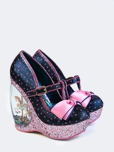 Crazy High Heels, Crazy Shoes, New Shoes, Me Too Shoes, Flat Boots, Shoe Boots, Clear Heels, Irregular Choice, Pretty Shoes