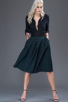 Milla by trendyol · New Collection - Yeşil Siyah Geometrik Desenli Etek MLWAW168665 sadece 59,99TL ile Trendyol da