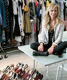 """I Die"" -Rachel Zoe Ridiculously skinny? But that doesn't even matter because girl's got STYLE. Celebrity Stylist Rachel Zoe came . Estilo Fashion, Ideias Fashion, Ny Fashion, Fashion Outfits, Gold Fashion, Fashion Advice, Fashion Ideas, Fashion Design, The Rachel Zoe Project"