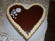 Valentínska banánova torta