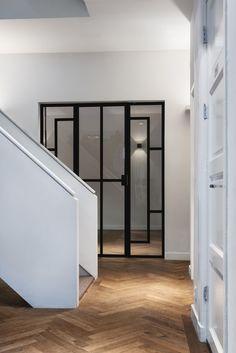 mooie stalen binnendeuren bij Van Campen Liem Advocaten kantoor Amsterdam