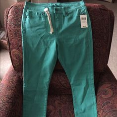 """Green Lucky brand jeans**!!! NWT super skinny t-shirt denim jeans. Super cute!  12/31. 29"""" inseam Lucky Brand Jeans Skinny"""