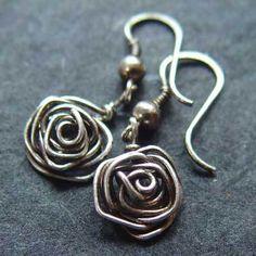 Oorbellen Sterling zilveren roosjes van Natural-Jewels op DaWanda.com