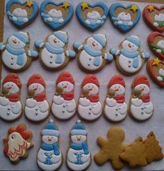 Christmas And New Year, Christmas Holidays, Xmas, Snowman Cookies, Holiday Cookies, Royal Icing Cookies, Cupcake Cookies, Bolacha Cookies, Cookie Designs
