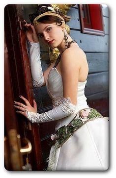 Unusual Wedding Dresses | The Wedding Specialists