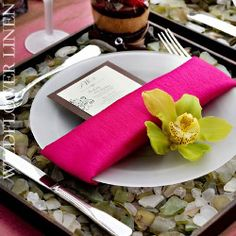 Beach wedding place setting... Wedding ideas for brides, grooms, parents & planners ... https://itunes.apple.com/us/app/the-gold-wedding-planner/id498112599?ls=1=8 … plus how to organise an entire wedding ♥ The Gold Wedding Planner iPhone App ♥