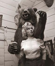 marilyn monroe & bear