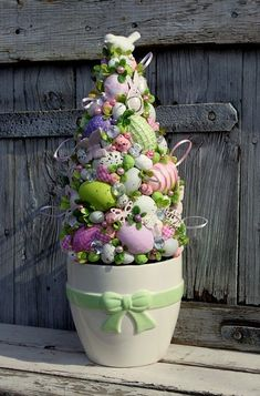 41 fun easter egg hunt ideas for everyone 1 « inspiredesign Led Christmas Tree, Holiday Tree, Diy Easter Decorations, Decoration Table, Easter Tree, Easter Wreaths, Egg Crafts, Easter Crafts, Hoppy Easter