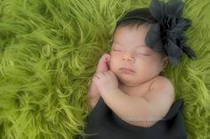 Foto recien nacido, newborn photo Laila newborn photo by Monica Olvera