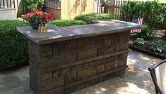 block banding, outdoor countertop, american flag, Outdoor Kitchen/Bar