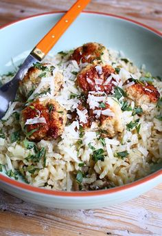 Risotto with meatballs and tarragon - Francesca Cooks - İtalian cuisine Italian Recipes, New Recipes, Healthy Recipes, Healthy Food, Favorite Recipes, Pasta Recipes, Chicken Recipes, Dinner Recipes, Feel Good Food