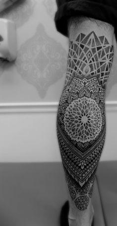 moderno tatuaje de mandala