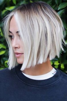 21 A Line Haircut Ideas To Fall In Love Layered A-Line Cuts Black Roots ❤ A line haircut is something you have been looking for without even knowing it. It does not matter what your preferences are – there is something for you! Layered Bob Hairstyles, Classic Hairstyles, Cute Hairstyles For Short Hair, Trending Hairstyles, Short Hair Cuts, Short Hair Styles, Curly Hairstyles, A Line Haircut Short, Short Blunt Haircut