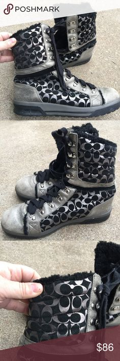 Women's Coach Fur Lined Black & Silver Boots 9.5M Women's Coach Faux Fur Lined Black & Silver Boots 9.5M Lace-Up Great Condition Coach Shoes Lace Up Boots