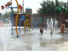 Kingsport: The Riverview Splash Pad is an automated water playground for all ages.  There are no fees.  Next to the park is a playground with swings and a jungle gym.  The facility has restrooms a canteen and two covered picnic areas.  The Splash Pad is located next to V.O. Dobbins Park and Community Center at 1101 Lincoln Street in Kingsport.