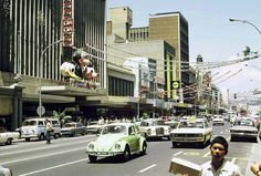 Durban city, been in that OK bazar's quite a few times. Johannesburg City, Durban South Africa, Port Elizabeth, Kwazulu Natal, Sun City, Historical Pictures, African History, The Good Old Days, Old Pictures