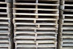 How to Build a Pallet Fence (12 Steps)   eHow