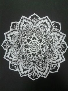 Thinking of getting this with a shoulder cap quarter sleeve ...