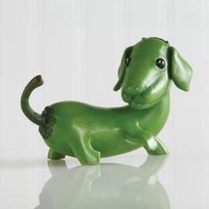 Site featuring dachshund gifts including dachshund figurines , Standing Banana dachshund , dachshund collectibles , home grown , dachshund novelties and more. Large selection of dachshund figurines sets us apart . Features only the dachshund breed. Funny Vegetables, Home Grown Vegetables, Veggies, Vegetable Animals, Deco Fruit, Veggie Art, Funny Fruit, Creative Food Art, Food Sculpture